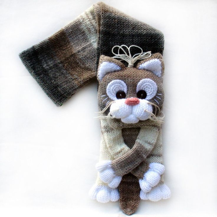 Knitted Cat Scarf Pattern : 1000+ ideas about Cat Scarf on Pinterest Cats, Kitty and Adorable kittens