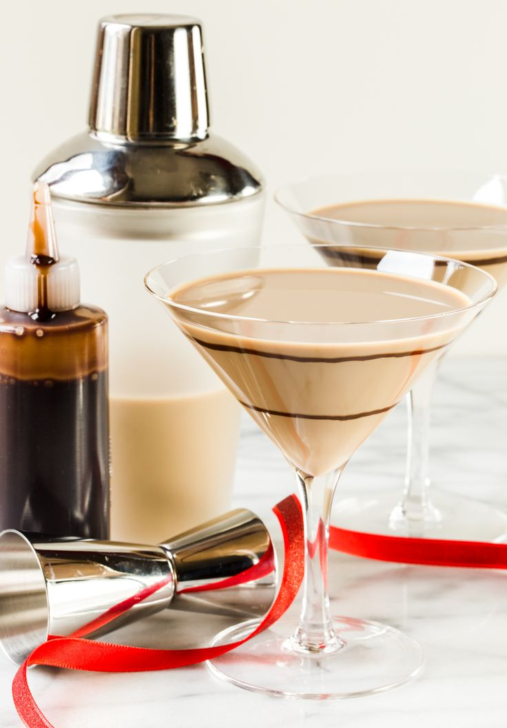 This Chocolate Martini is one of our favorite ways to celebrate special occasions. Just measure, shake and pour! ~ http://www.garnishwithlemon.com