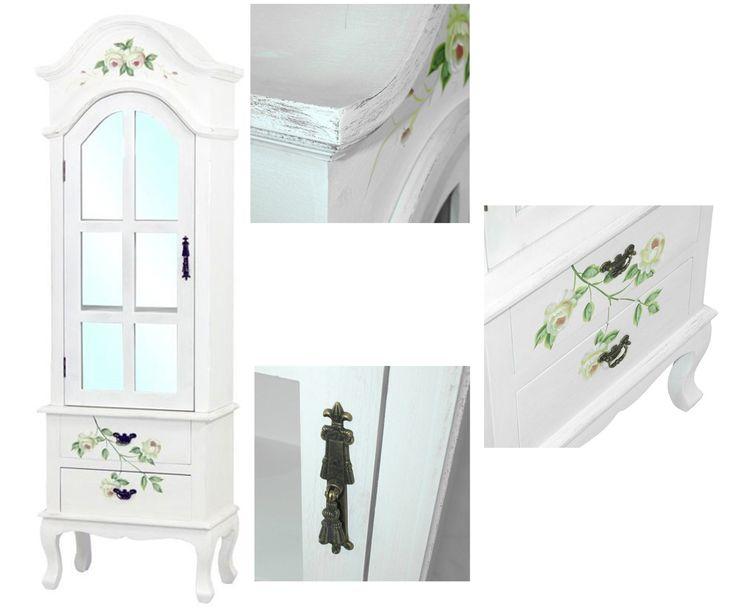 Vitrine im French Cottage Stil Möbel ist aus der Kollektion im heimischen Stil French Cottage. Möbel ist weiß mit den gemalten Rissen und mit gemalten Blumenmotiven verziert. Das Möbel besitzt Knäufe aus Metall. 5 Schubladen und verschließbarer Schank. #Schublade #Sckrank #Vitrine #Metall #Stil #Möbel
