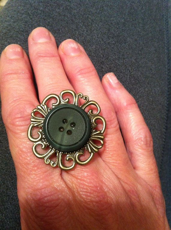 Vintage Button Cameo RING Lined with Cashmere one size on Etsy, $9.00