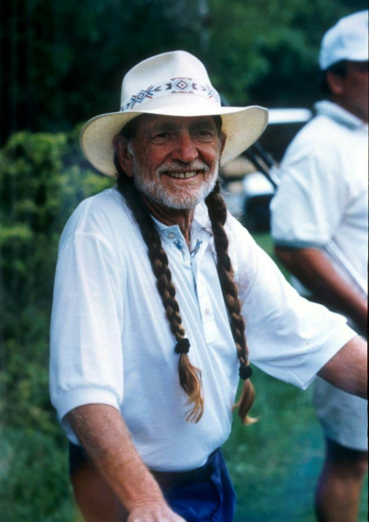 Great pic of Willie Nelson :)
