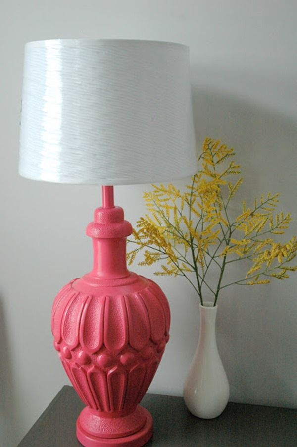 Mommy's Nook: Berry Pink Spray Painted Lamp. Just like the idea of painting a lamp...not necessarily pink