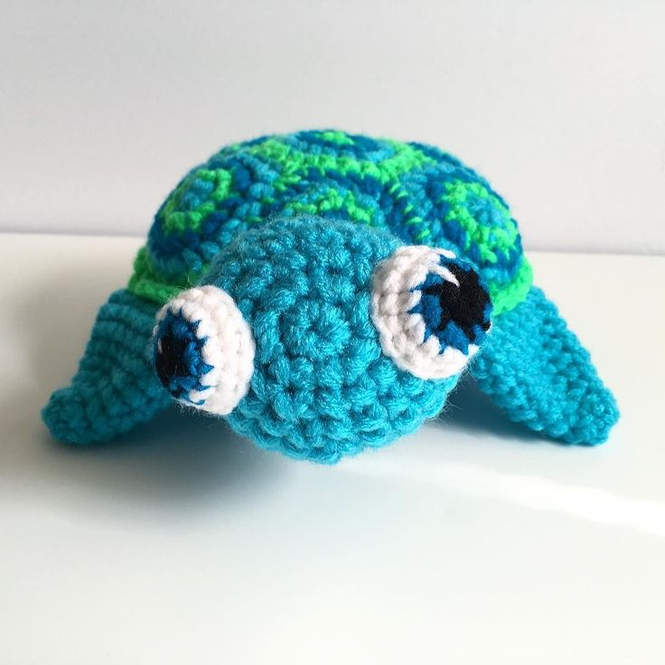 Meet my newest pillow buddy a baby sea turtle! I made his guy for a custom order if you want your own custom pillow buddy let me know and I can work it up for you!  #turtle #seaturtle #seaturtles #crochet #crocheters #crochetersofinstagram #crochetaddict #crochetconcupiscence #crochetart #crochetartist #seacreature #ohwowyes #diy #etsy #artistsofinstagram #etsyfinds #makersgonnamake #makersmake #handmade #handmadewithlove #craftsposure #Joann #babyanimals #babyturtle #shopsmall #shophandmade…