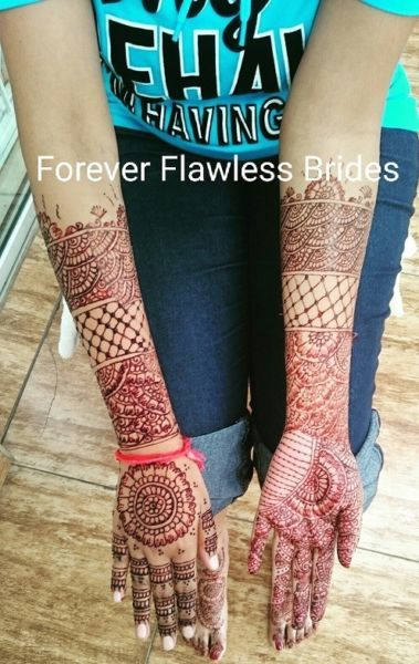 Bridal Mehndi - Instant Drying & Instant Dark Colour @ Forever Flawless Brides in null image 2