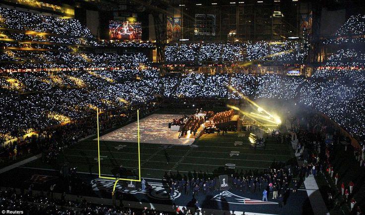 Super Bowl halftime 2012: Bowls Xlvi, Bowls Halftim, Crash Helmets, Halftim 2012, Super Bowls, Eggs Shapes, Shapes Ball