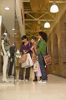 Mall scavenger hunt list ideas: good rules!