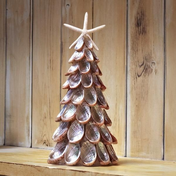Abalone Xmas Treee.. going to make these with Lanie this summer on her visit to the beach.