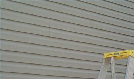 How to repair vinyl siding.: House Ideas, Vinyl Siding House, Siding Thumbnail, Household Tips, Household Helps, Improvements Ideas Etc, Vinyl Siding Repair, Diy Projects, Hole