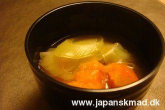 Japanske opskrifter hos Japanskmad - Misosuppe med græskar
