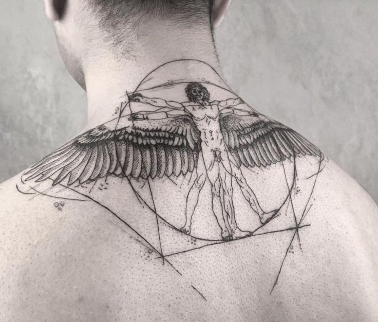 tattoo architecture homme dos et idée de tatouage homme de Vitruve