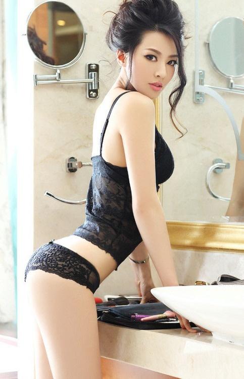 Paulina rojinski nackt