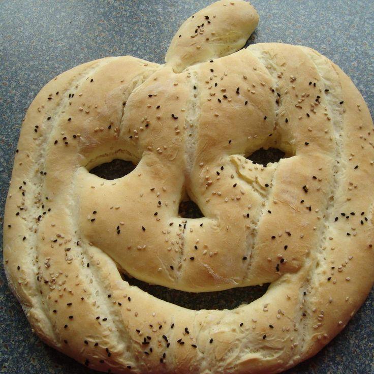 Rezept Halloween Fladenbrot von Daggi76 - Rezept der Kategorie Brot & Brötchen