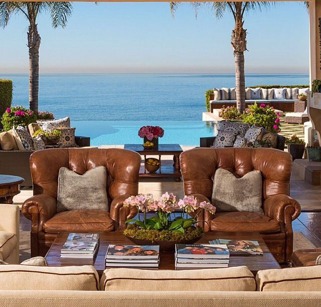 Yolanda Foster malibu home I love their outside living area and the view is to die for!!