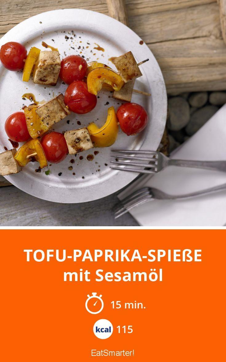 Tofu-Paprika-Spieße - mit Sesamöl - smarter - Kalorien: 115 Kcal - Zeit: 15 Min.   eatsmarter.de