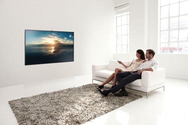Kortalan műalkotás a nappaliban: újabb UHD TV-k a Samsungtól
