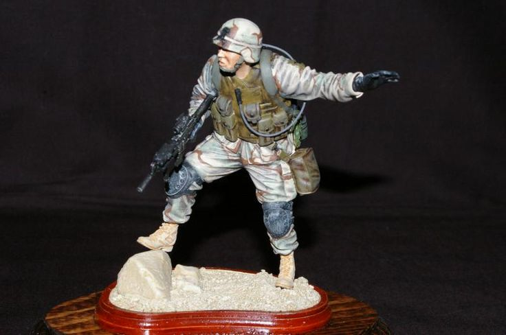 This is the Verlinden 120mm figure depicting a 101 Airborne soldier in OIF - 2003.