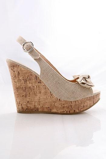 Wedges!!!!!: Wedges Heels, Natural Colors, Corks Wedges, Cute Wedges, Wedges Shoes, Super Cute, Summer Wedges, Cork Wedges, Wedges 3