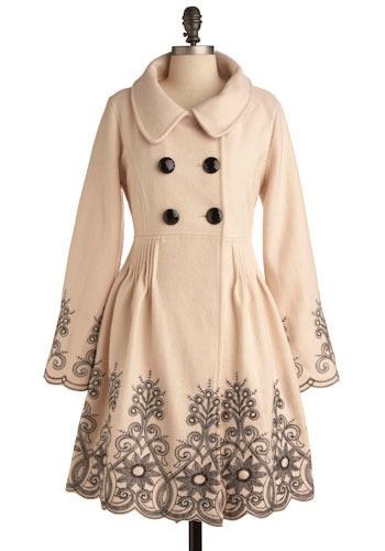 Lace trimmed coat - love!: Cute Coats, Sovereign Style, Fall Coats, Clothing, Jackets, So Pretty, Style Coats, Trench Coats, Winter Coats