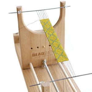 Como usar a ferramenta de tecelagem para fazer bijuterias. - Como Criar Bijuterias – Montagem de Bijuterias: Como Fazer e Vender, Passo-a-Passo, Idéias e Muito mais.