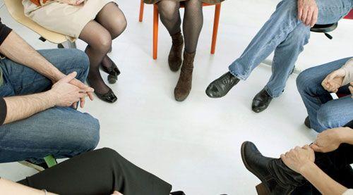La sede di Viterbo dell' Associazione Apice organizza incontri di gruppo esperienziali con l'obiettivo di offrire ai partecipanti la possibilità di avere uno spazio aperto per conoscere le proprie risposte emotive, causa dei disagi interiori, e di lavorare per sviluppare adeguate capacità di gestione.  MODALITA': Gli incontri si terranno ogni settimana, il lunedì dalle 18:00 alle 20:00 a partire dal 3 Aprile. La partecipazione non è necessariamente continuativa: si viene i...