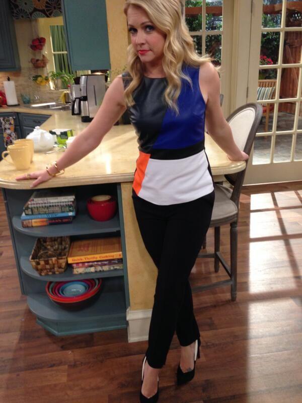 Melissa joan hart tight skirt life