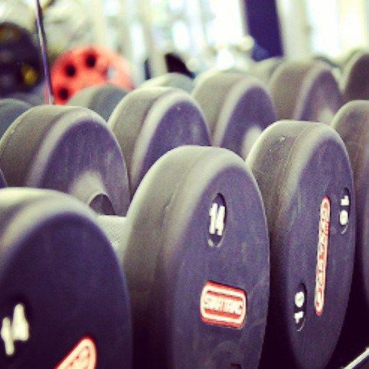 De 8 ongeschreven regels in de sportschool (ook voor mannen)