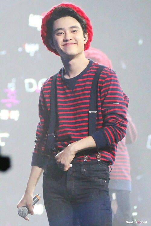 "D.O EXO ""He can go from cute to creepy in like a millisecond"" ❤️❤️❤️"