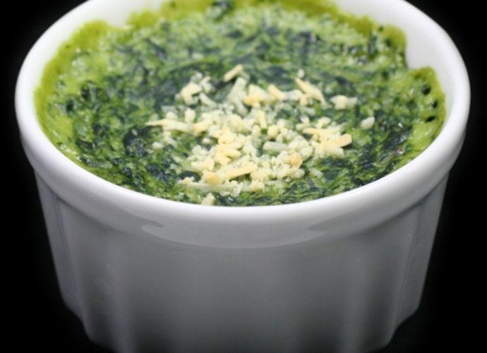 Espinacas a la crema para #Mycook http://www.mycook.es/receta/espinacas-a-la-crema