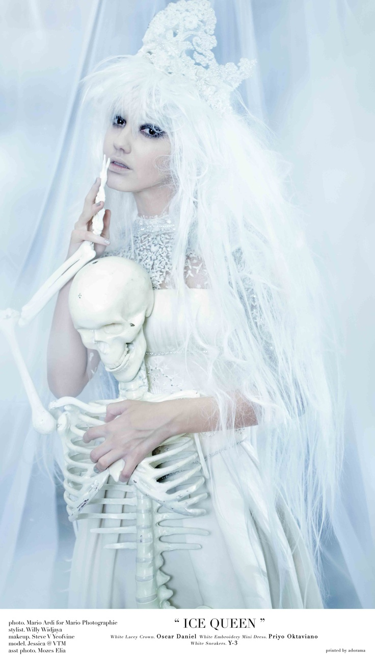 """UNTOLD STORIES"" exhibition  ""ICE QUEEN""  ph: mario ardi  stylist: willy  model: Jessica at VTM  mua: steve yeovine  wardrobe: Priyo oktaviano  hairpiece: oscar daniel  ass photographer: moses"