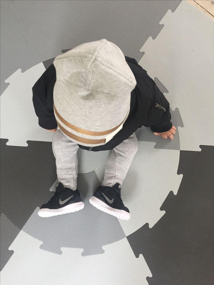Nike. Bomber jacket. Sebra Interior. Eloide details. Fashion kid.