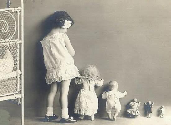 Bambole in castigo.