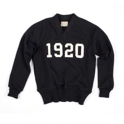 Dehen 1920 Signature V-Neck (Black/Off White)