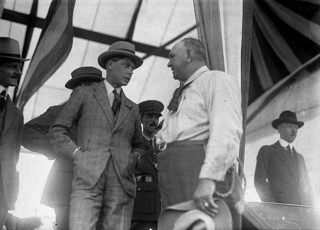 The Prince of Wales with manager of the stampede at Saskatoon, Saskatchewan, September 1919 / Le prince de Galles en compagnie du gestionnaire du Stampede de Saskatoon, en Saskatchewan, septembre 1919 | by BiblioArchives / LibraryArchives