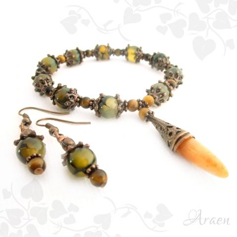 Crouching Tiger, Hidden Dragon - dragon vein agate and tiger eye bracelet and earrings set.