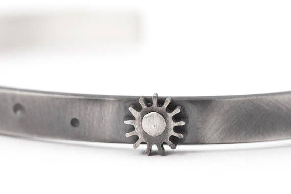 Gear Bracelet for Men Cuff Cools Mens Bracelet with Gear in