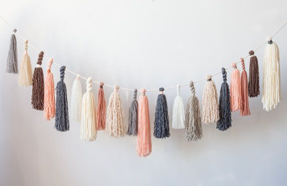12 Ridiculously Simple DIY Yarn Crafts To Use Up Your Abandoned Yarn Stash