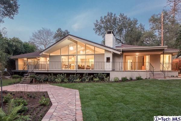 Home Architecture 101: Mid-Century