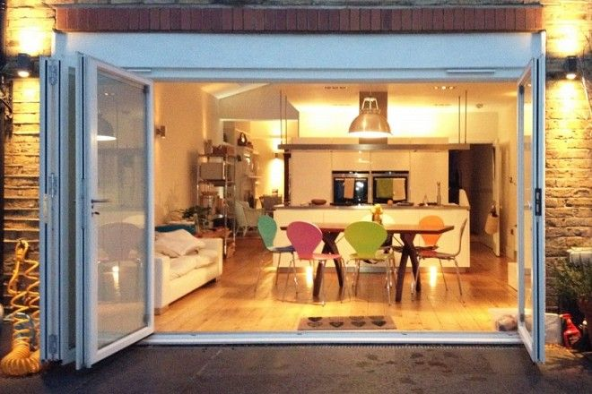 London Victorian terrace extension incorporates 4 panel set of folding doors