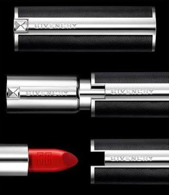 Nowa kolekcja pomadek Givenchy Le Rouge to bogata paleta kolorów i błyskawiczny efekt, uzyskanym jednym ruchem. Szminka zostawia na ustach bogaty i aksamitny kolor. Dobrze kryje, a efekt utrzymuje się naprawdę bardzo długo.