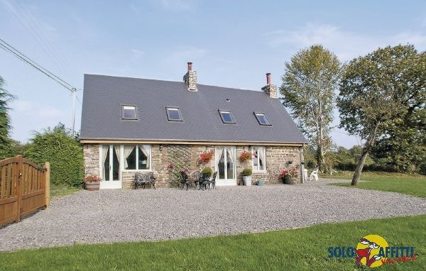 La Belle Maison, a holiday cottage within easy driving access of Le Mont St. Michel.