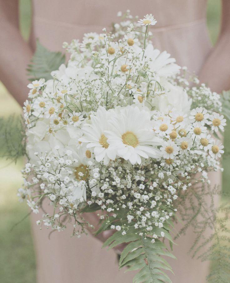 Spectacular wedding flower ideas wedding bouquets for Magasins de robe de mariage portland oregon