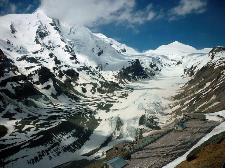 Glocknergruppe a Pasterze gleccserrel a Swarowski megfigyelőpontról nézve