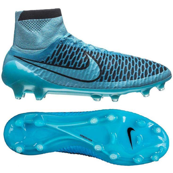 Nike otworzyło nowy rozdział w historii obuwia piłkarskiego! Magista Obra to rewolucja nad którą prace trwały cztery lata, a udział w tym projekcie wzięli Andreas Iniesta i Mario Goetze.  #Goetze #Iniesta #Nike #NikeFootball #Football #PiłkaNożna #BestGol #Goal #Ball #Swoosh #Boots #Futsal