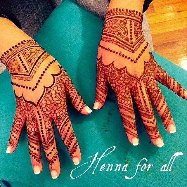 Engagement henna #henna #hennanyc #hennartist #hennaforall #hennatattoo #hennaforallny #hennatattodesign #bodyart ##bridalhenna #bridalmenhdi #bridalhennadesign #weddinghenna #walima #indianbride #indianhenna #traditionalhenna #mehndi #menhdi #shadi #southasianbride #details #desibride #traditionalmenhdi