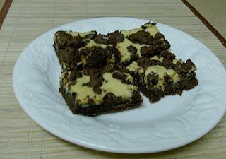Caramel Cream Cheese Cookie Bars...I gotta try making these: Cookie Bars, Slow Cooking, Crockpot, 365 Days, Caramel Cream, Cheese Cookie, Slow Cooker, Cooker Caramel, Cream Cheeses