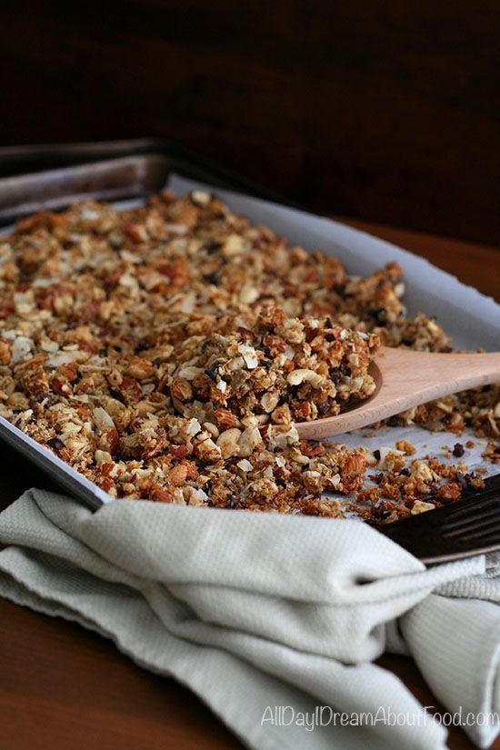 Low Carb Paleo Coconut Cacao Nib Granola Recipe | All Day I Dream About Food