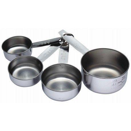 Måttsats i rostfritt stål från Kitchen Craft som mäter cups - perfekt när du jobbar med engelska recept.