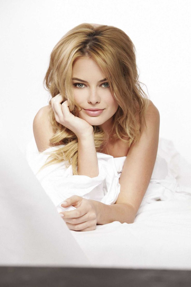 Margot Robbie - Stephen Busken Photoshoot 2011