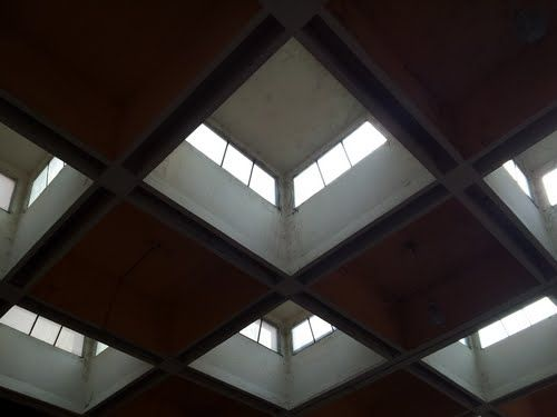 Panoramio - Photos by Shyam Manson > Waffle Slab Desingn with vent & lighting arrangement in chennai central