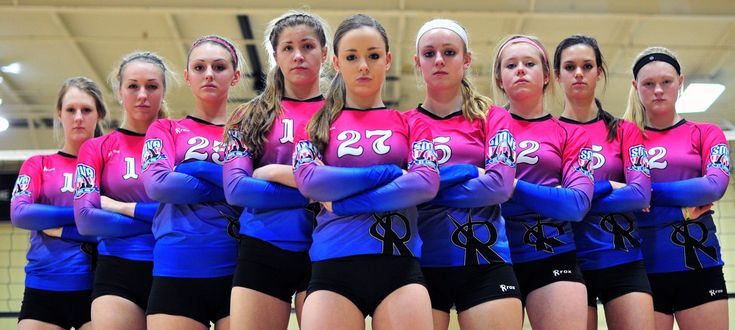 Team / Group Portrait / Photo / Picture Idea - Volleyball
